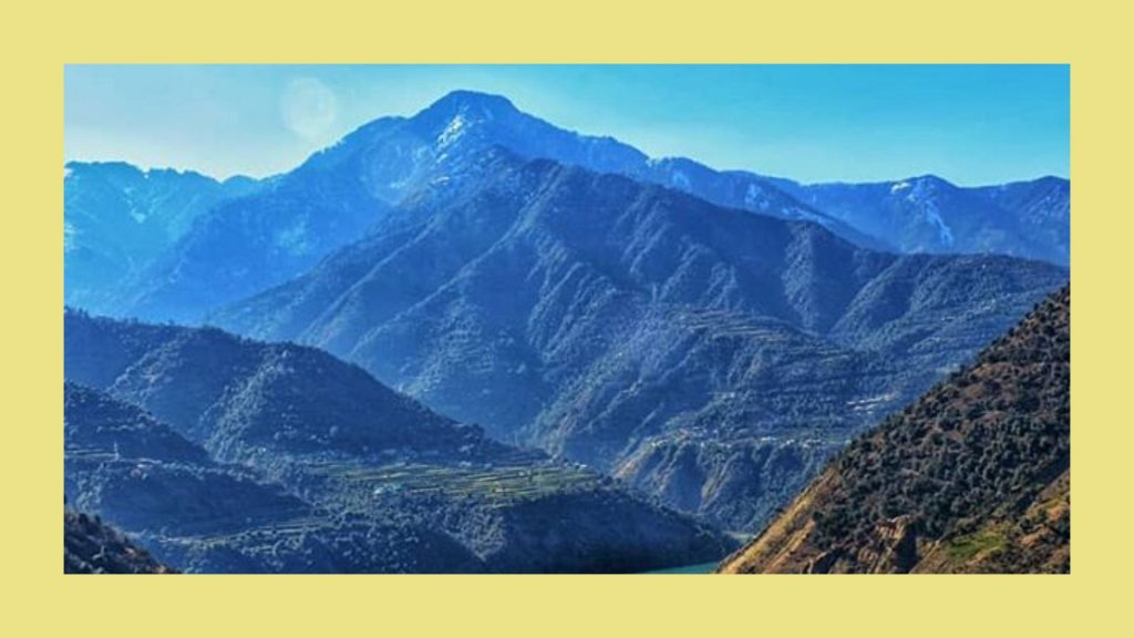 Batote- Situated at 125kms from Jammu