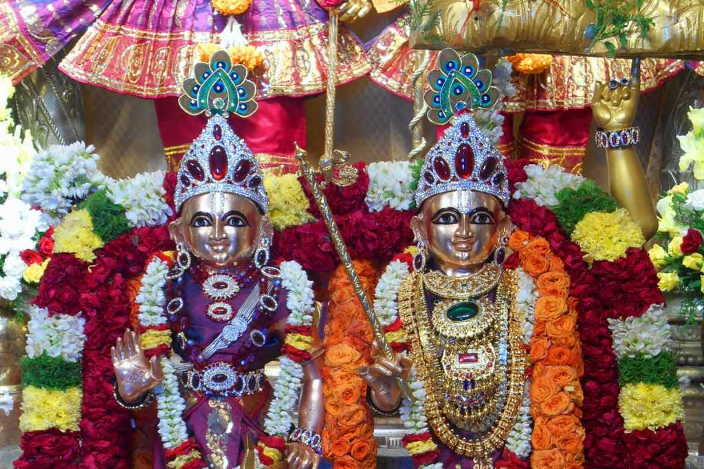 daily pooja and sevas lord sri krishna
