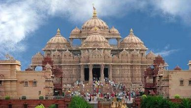 How to Reach Akshardham Temple