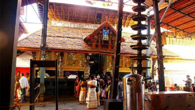 detail timings pujas guruvayur temple